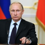 Путин заявил оготовности помочь Франции врасследовании терактов