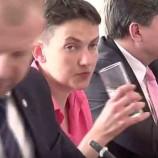Уснувшая на заседании Рады Савченко попала на видео