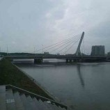 Жители Петербурга грозят сломать мост Кадырова
