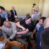 УНА-УНСО устроила во Львове беспорядки, сорвав сессию горсовета